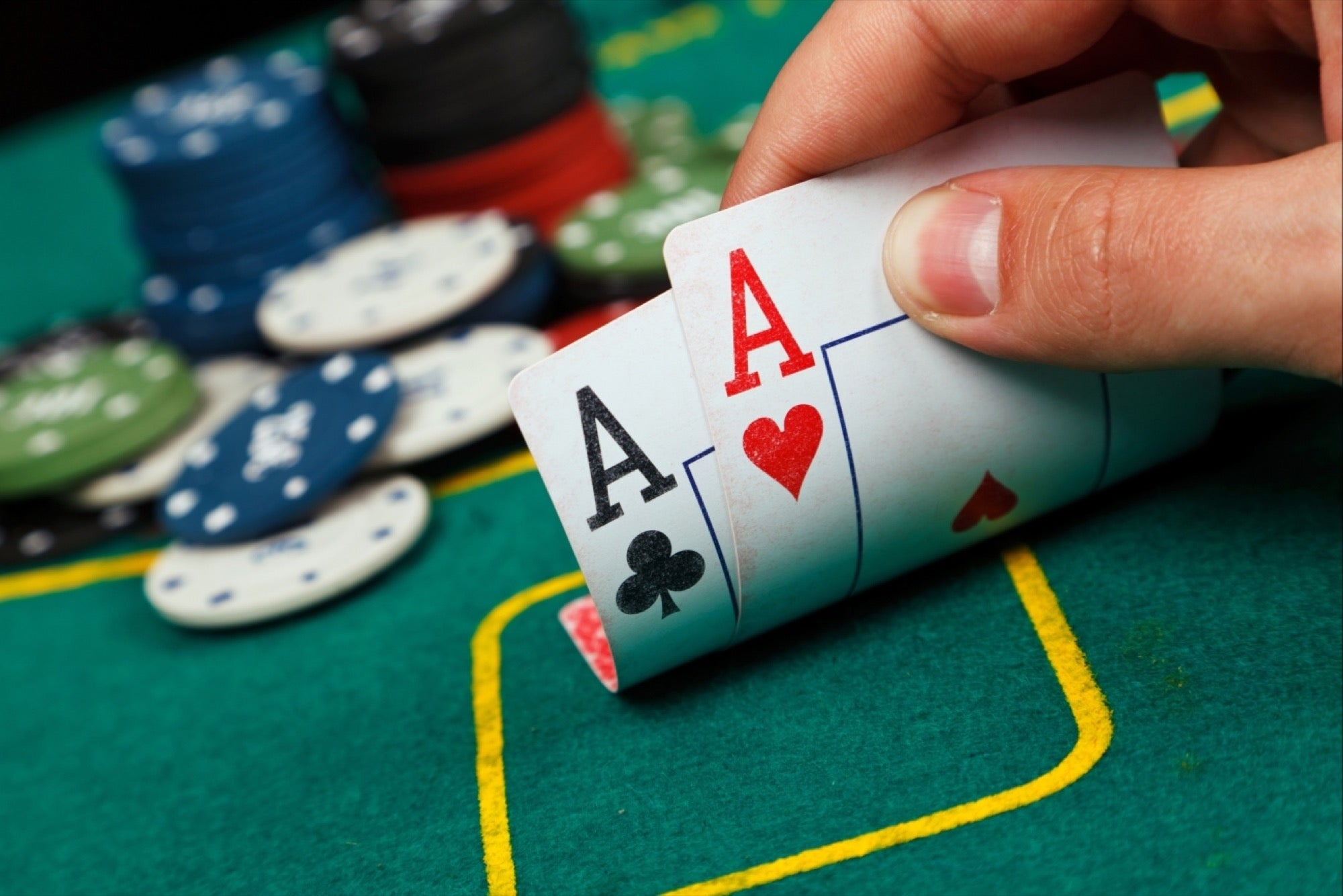 Make use of a Poker Bonus to assist Construct Your Money
